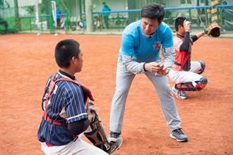 棒球》花東球員資質好 高志綱要讓他們知道為何而練