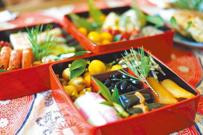 台北晶華酒店「東洋風韻迎新春」住房專案,讓房客品嘗日本迎新年的應景料理。(台北晶華酒店提供)
