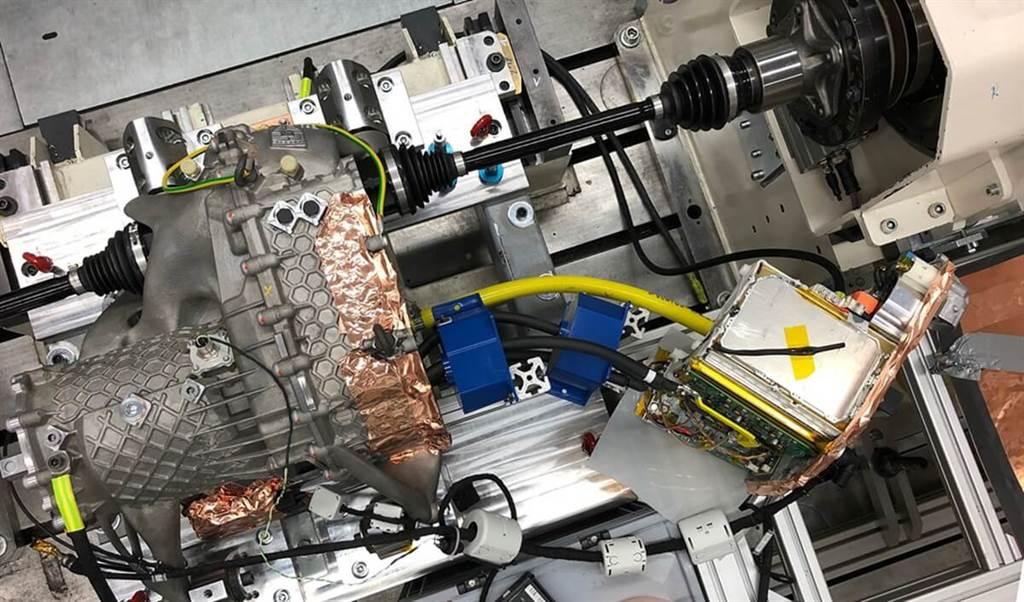 Porsche推出3D列印製作的電力驅動器外殼