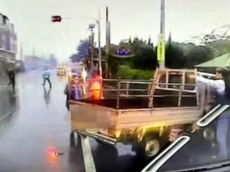 嘉義大林安親班專車與小貨車車禍 1大3童受傷