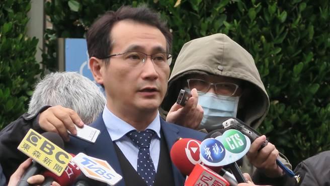 鄭運鵬轉述行政立法協調會報內容(張理國攝)