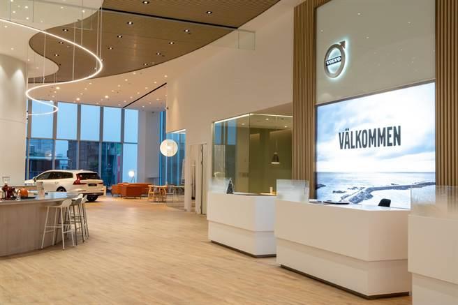 VOLVO 凱銳新莊旗艦店正式開幕營運,以符合原廠 VRE 5.0 規格打造。(VOLVO提供)