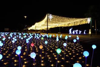 金門石雕公園變夜總會 濱海璀璨美景浪漫迷人