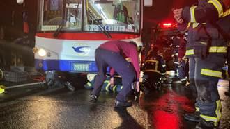 南港騎士騎上人行道滑倒 遭公車輾過當場慘死