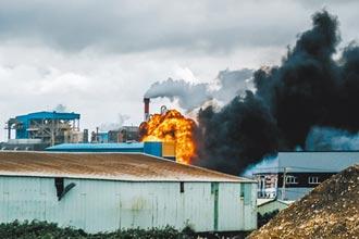 台灣原料廠吃不到轉單 旭富一把火 燒掉營運展望