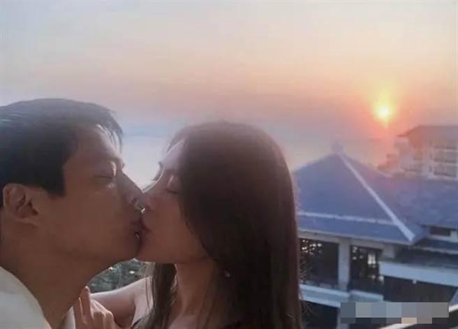 高聖遠與正妹吻照瘋傳。(取自微博)