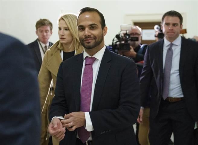 川普公布新一批特赦名单,其中包括在通俄门案中认罪的前外交顾问巴帕多普洛斯以及律师范德斯旺。图为巴帕多普洛斯(美联社)