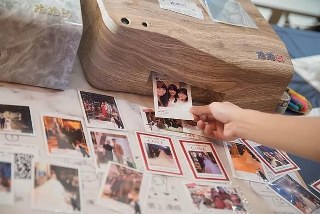 因应数位化时代新人需求,云品所推出的「职人94狂婚宴专案」可选择拍拍印服务,饭店会为宾客印出照片作为纪念。图/云品国际