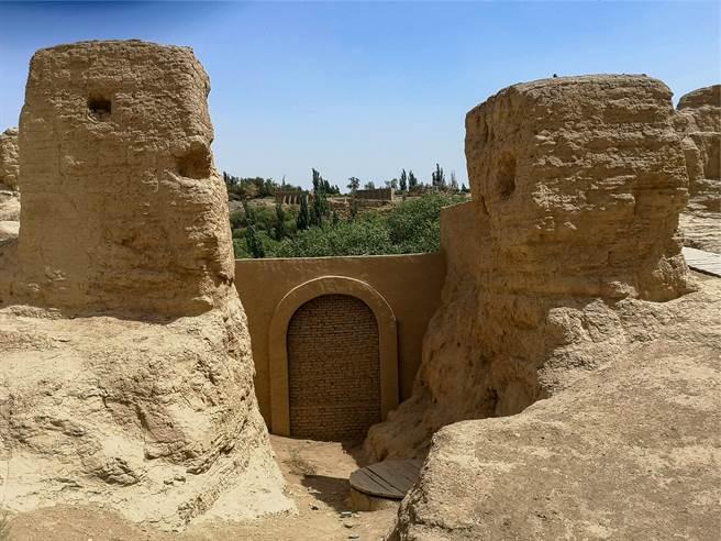 考古學家日前對秦漢櫟陽城進行挖掘,首次發現戰國時期秦國的後宮遺址。(示意圖/達志影像)