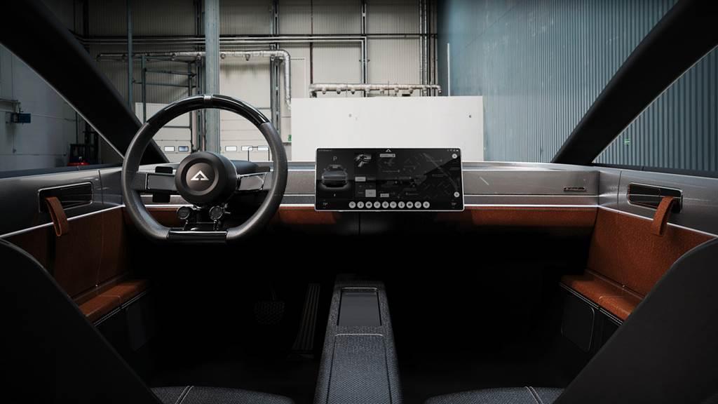 融合復古元素造就衝突美感 Alpha Motor發表Ace純電作品