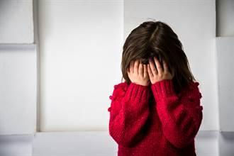 女童內褲沾經血遭取笑爆哭 他挺身嗆:你媽沒月經? 網狂讚