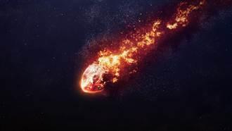 青海現神秘異象 「巨大火球」劃破天際閃炸地表