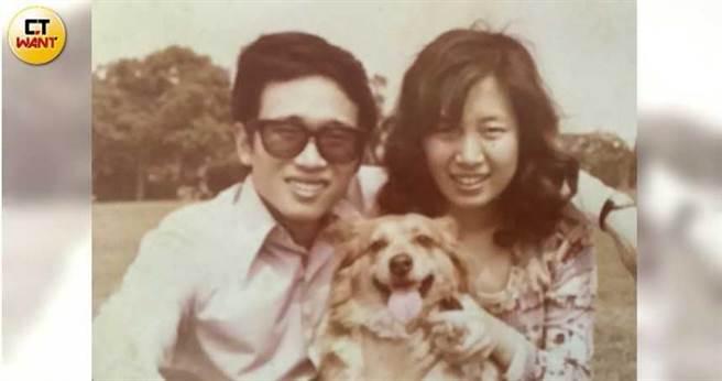 何茂成和妻子郭嘉喬,是東海大學外文系差三屆的學長學妹,夫妻感情鶼鰈情深。(圖/何茂成提供)