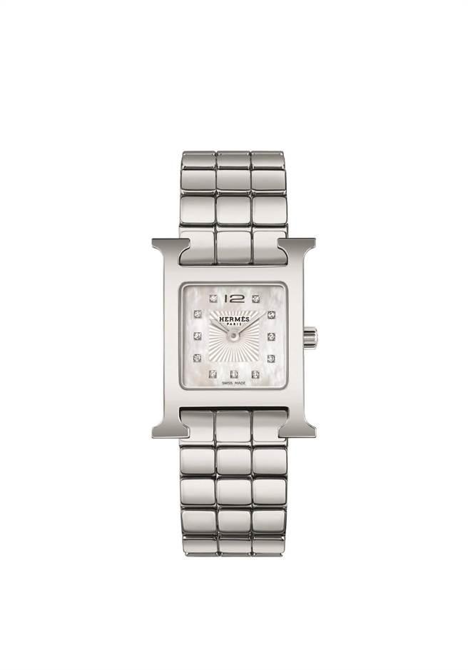 愛馬仕Heure H腕表搭配精鋼表鍊,更加優雅。13萬6900元。(HERMES提供)
