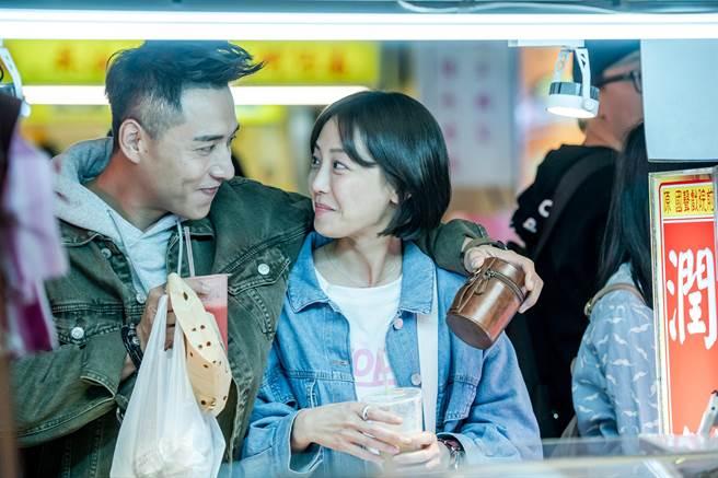 鄭人碩、謝欣穎在片中談「浪子式戀愛」。(巧克麗娛樂提供)