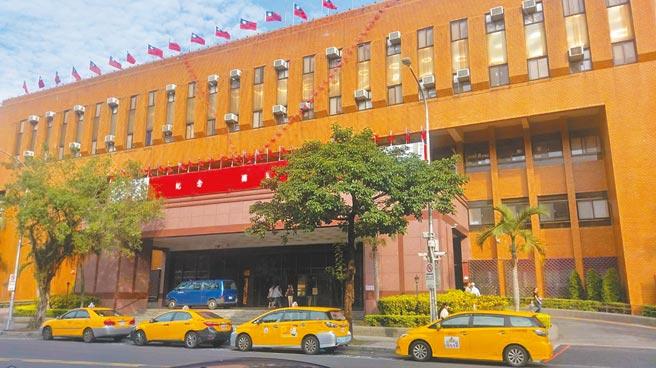 柯建銘之子柯鈞耀捲入毒郵包案,台北地檢署23日將柯鈞耀不起訴。(本報資料照片)