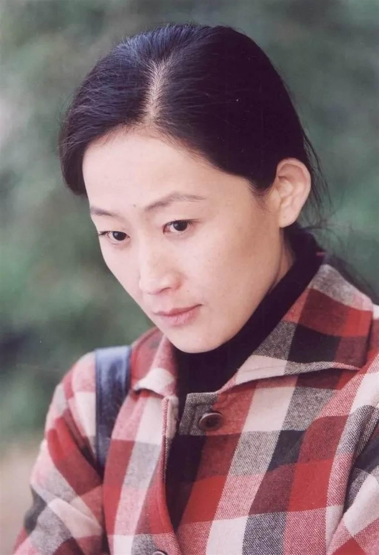 陈瑾在演艺事业的好表现,除了获得多项大奖,她炉火纯青的演技也被肯定,成为大陆电影家协会会员、大陆戏剧家协会会员。(图/ 摘自微博)