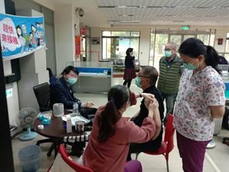 配合衛生所施打流感疫苗 員警健康獲得防護力