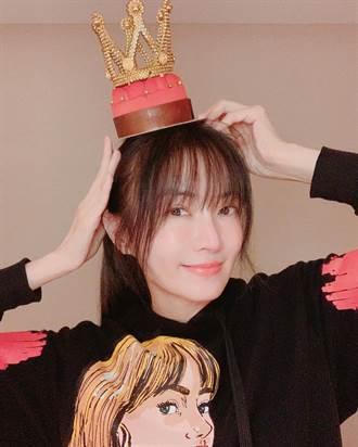 謝金燕歡慶46歲生日 開心收母親驚喜禮物超暖心