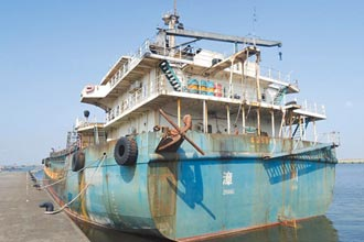 陸抽砂船流標 500萬停泊費吃不消