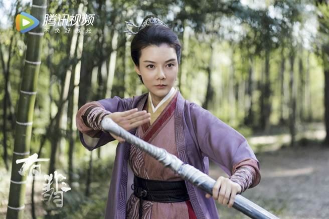 大陸女星車曉在《有翡》飾演趙麗穎母親。(取自電視劇有翡微博)