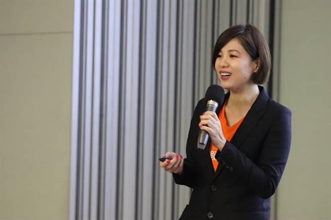 蝦皮購物品牌行銷部長廖君凰解析電商平台未來發展。/時報獎執委會提供
