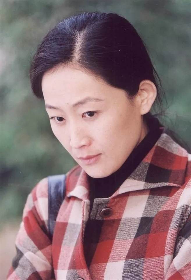 陳瑾在演藝事業的好表現,除了獲得多項大獎,她爐火純青的演技也被肯定,成為大陸電影家協會會員、大陸戲劇家協會會員。(圖/ 摘自微博)