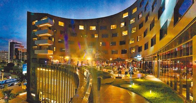 台北大直英迪格酒店考量防疫,率先宣布停辦跨年派對。(台北大直英迪格酒店提供)