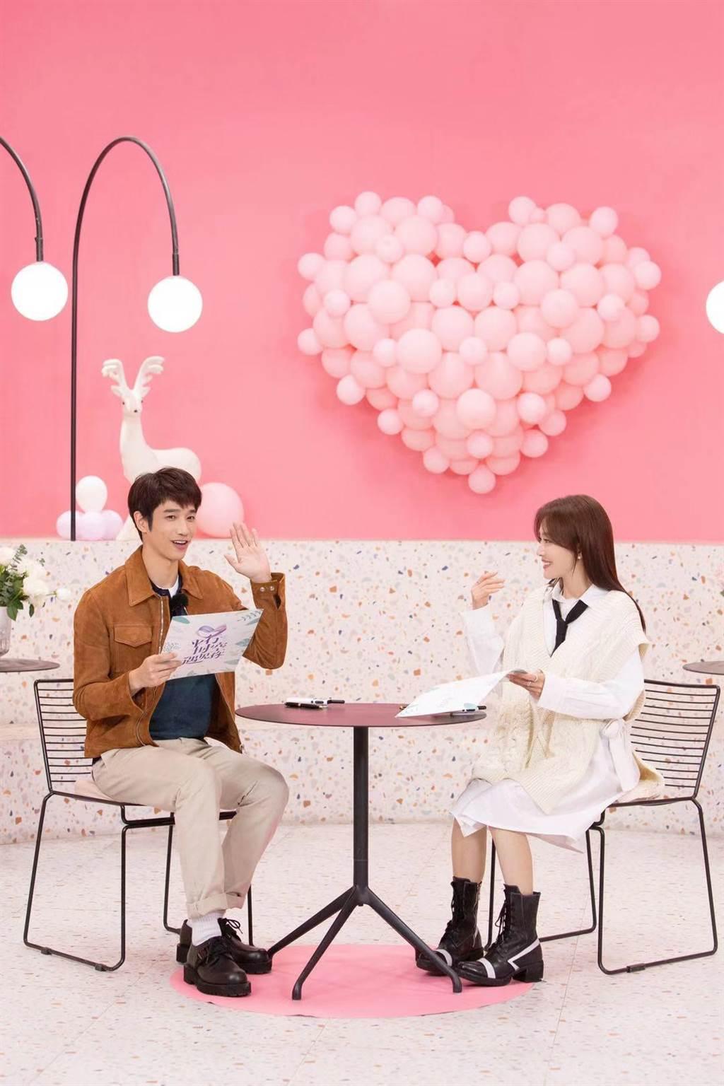刘以豪宣布加盟大陆综艺真人秀《平行时空遇见你》,与秦岚配对。(刘以豪工作室提供)