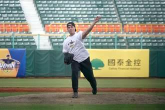 棒球》陳偉殷被敲再見安打 勉勵投手不要害怕對決