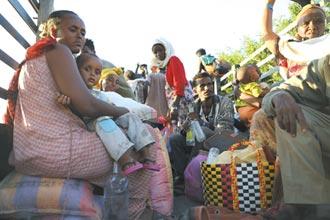 衣索比亞遭逢三大災