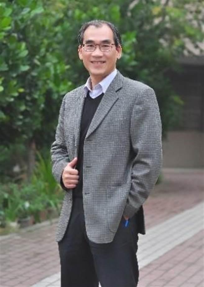 彰化市中山國小校長王春堎說,藉著一個名字,可以走進一個孩子的世界。(教育部提供/林志成台北傳真)