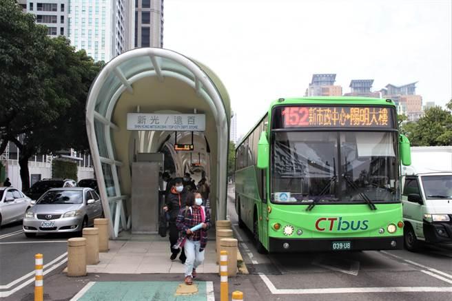 中市推動台灣大道交通分流措施,明年1月15日起8條公車路線部分路段改駛專用道。(資料照片/陳淑芬台中傳真)
