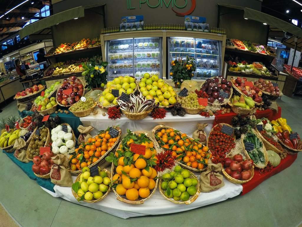 想吃蔬果幫助消化順暢,但醫師點名含籽類的水果,有可能因為吃法而更難消化。(示意圖/Unsplash)