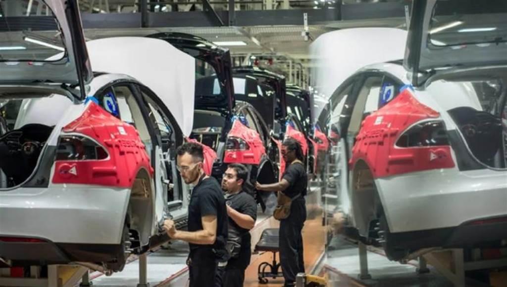 馬斯克下動員令衝刺 50 萬輛交車目標,但工廠品管可能再次被犧牲