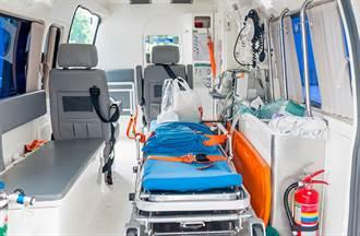 警消怒了!民眾發燒搭救護車 到院坦承「我接觸過居家檢疫者」