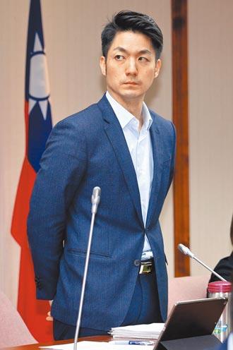 藍綠立委開砲 促陳吉仲道歉