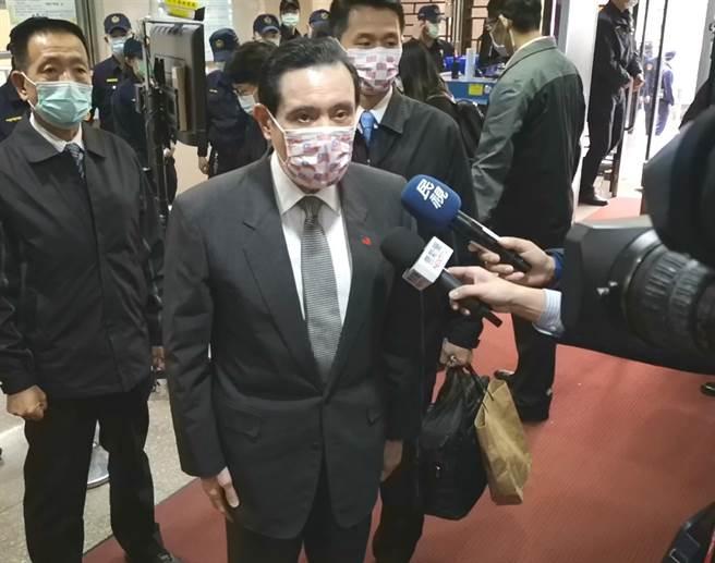 前總統馬英九先前在臉書喊話要總統蔡英文下台,今受訪稱,他我只是重覆蔡總統8年前的主張。(黃捷攝)