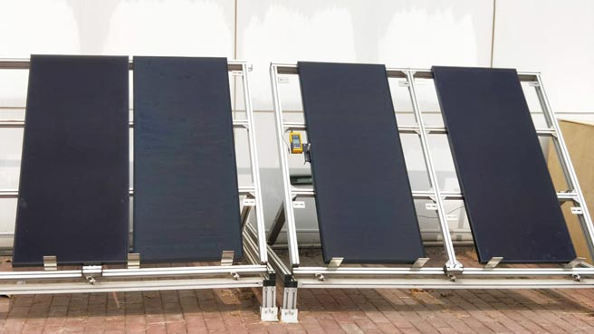 財團法人電信技術中心測試報告,新芳奈米科技塗料於太陽能發電模組噴塗後,發電轉換效率大幅提升至約25%;圖左為已噴塗、圖右為未噴塗。圖/新芳提供