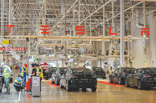 上海自貿試驗區臨港新片區內的特斯拉上海超級工廠。(新華社資料照片)