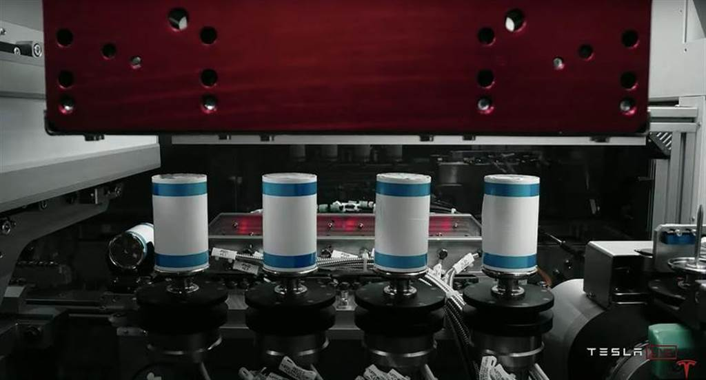 重金續綁特斯拉:松下日本工廠明年試產 4680 新型電池