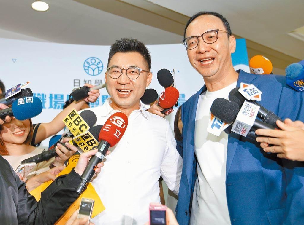 國民黨主席江啟臣(左)、前黨主席朱立倫。(資料照)