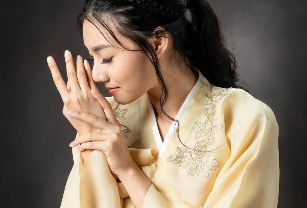 朝鮮女醫官除了看病,竟然還被君主要求做害羞事。(示意圖/達志影像)