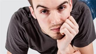老愛托腮想事情?  小心顳顎關節症候群 連打哈欠都會痛