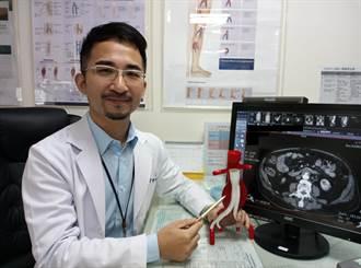 8旬老翁3種血管病變 局部麻醉即時搶救順利康復