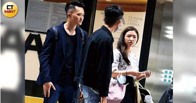 (左1)Wilson蔣豐蔚、(右1)Vivian吳則含。(圖/本刊攝影組)
