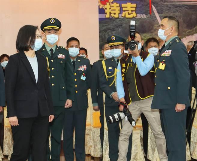 蔡總統出席將官晉任典禮,勉為國軍培養人才。(圖/陳怡誠攝)