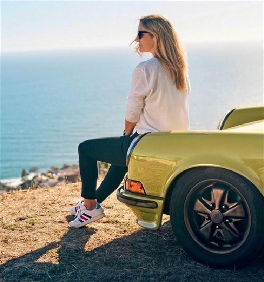 不容小覷的Porsche Girl:Lara