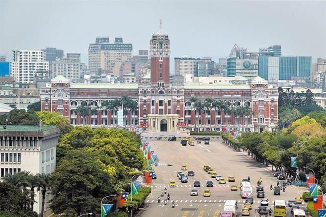 中華民國110年元旦總統府升旗典禮今天舉行總彩排。(本報系資料照片)