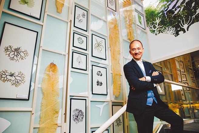 中華海洋生技董事長張永聲,堅持「厚道」的企業精神。(郭吉銓攝)